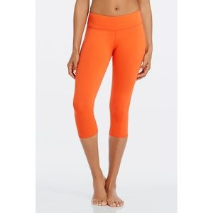 Fabletics Mid Rise Powerhold Crop